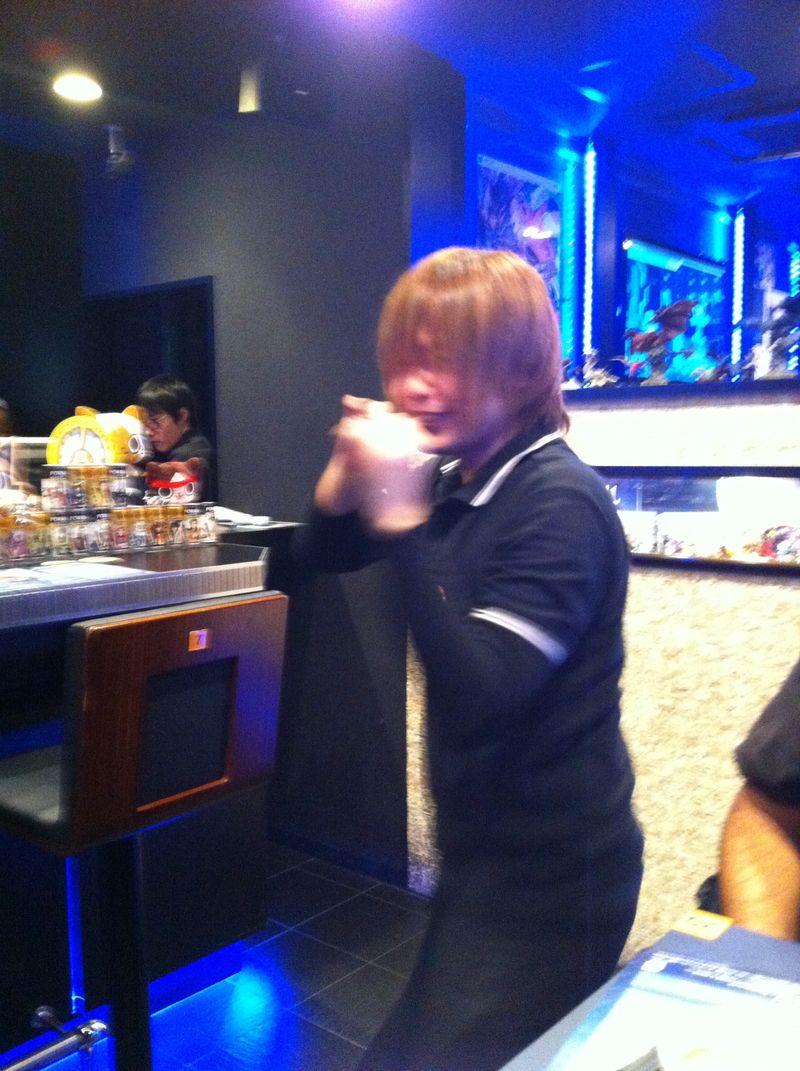 201211_Japan-iPhone-320